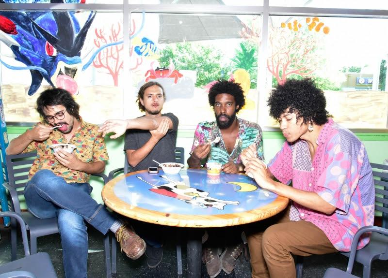 Foster The People, Boogarins e Capitão Fausto no Super Bock Super Rock
