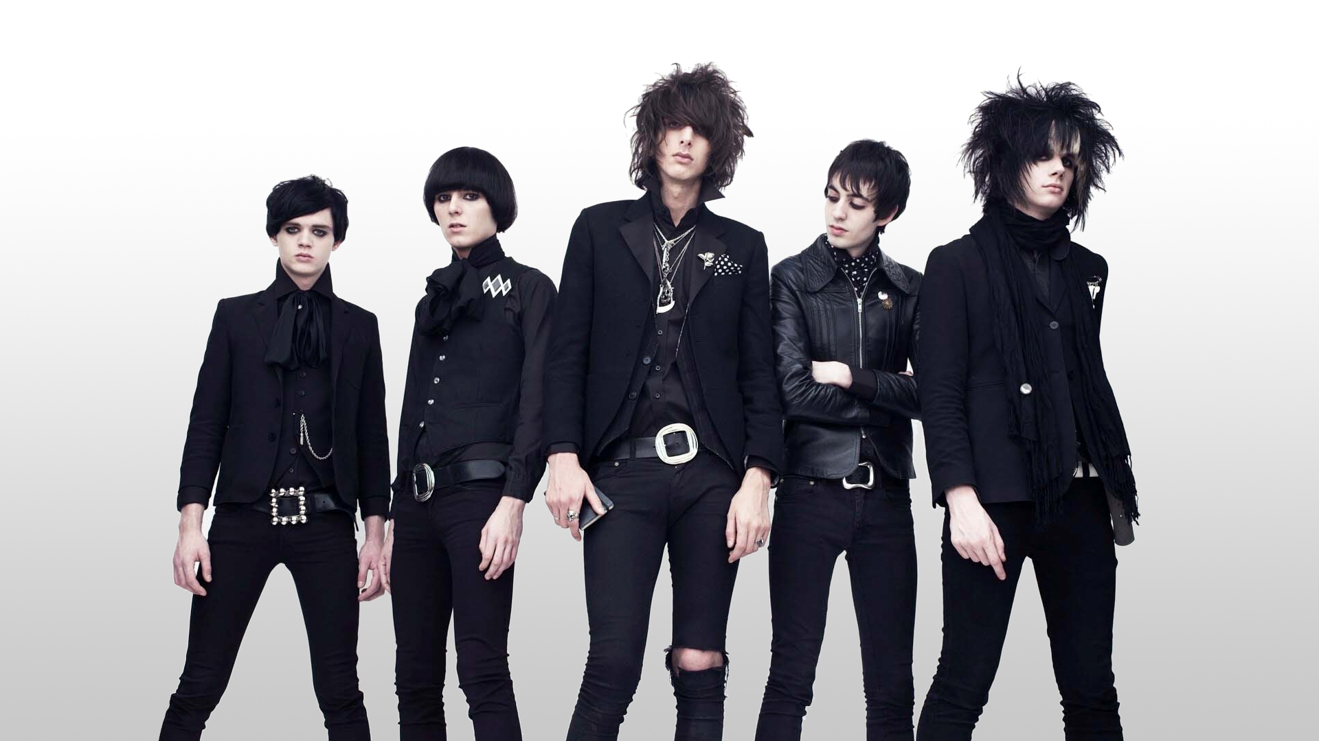 "The Horrors apresentam ""Machine"""