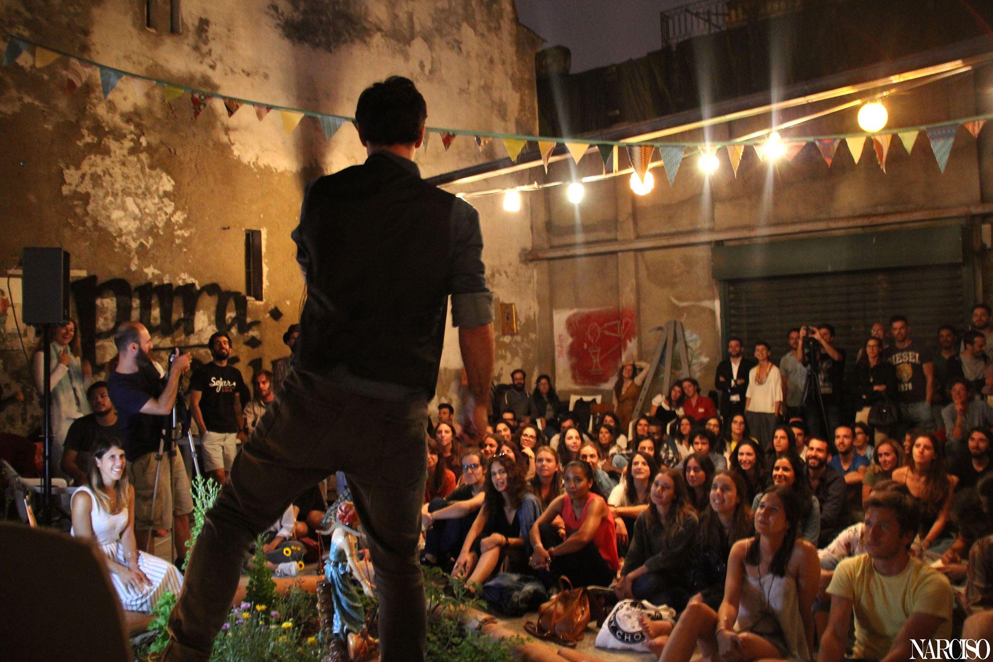 """300 cidades e 1000 músicos reunidos em """"Give A Home"""""""