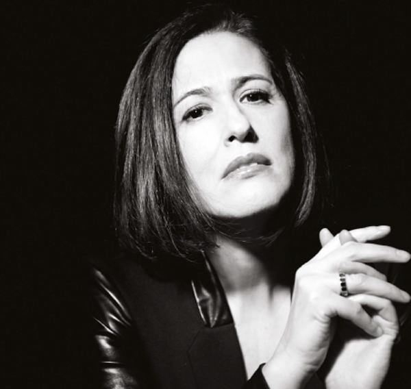 Aldina Duarte apresenta Quando Se Ama Loucamente
