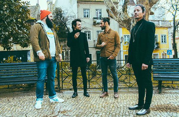 PAUS terminam novo álbum em residência no Aleste