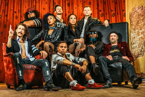 Gogol Bordello, The Prodigy e Linda Martini no North Music