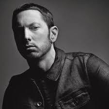 Eminem de volta aos álbuns