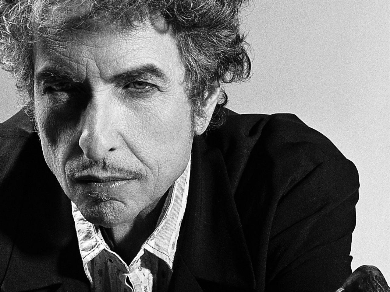 Bob Dylan de volta aos originais