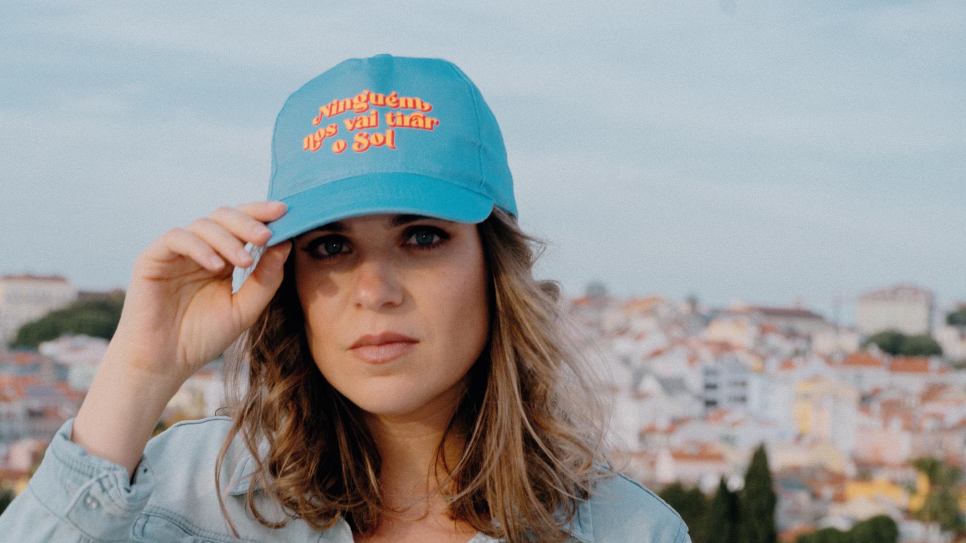 Ninguém Nos Vai Tirar O Sol é o novo álbum de Joana Espadinha