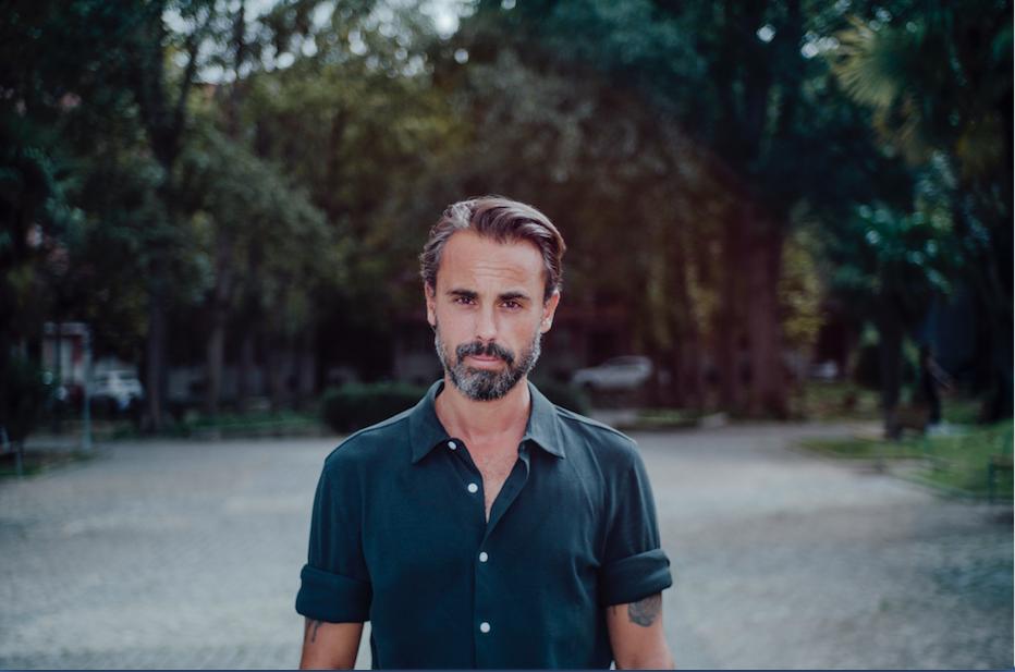 Cajarana é estreia a solo de André Henriques